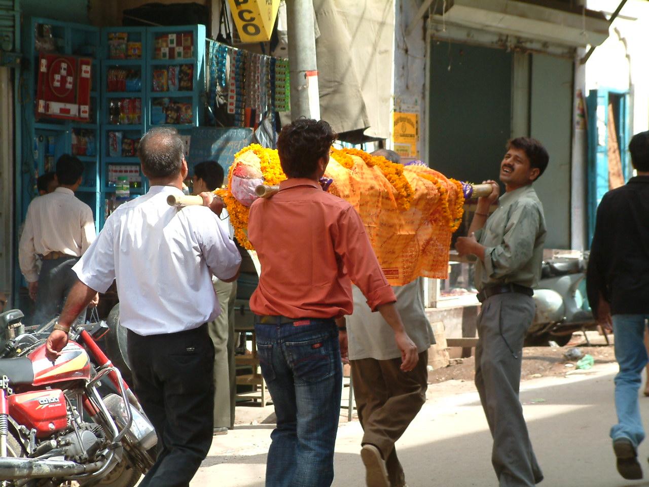 24 juli 2005 Kharujaho – Varanassi